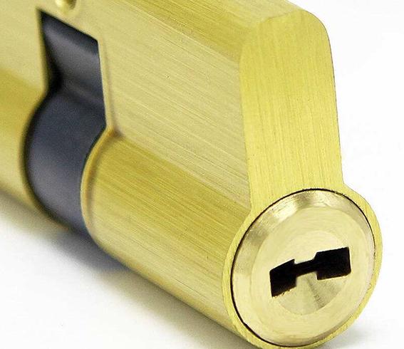 门锁换锁芯